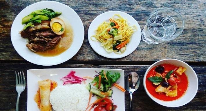 Khao Suk Thai-ravintola Salon keskusta image 5