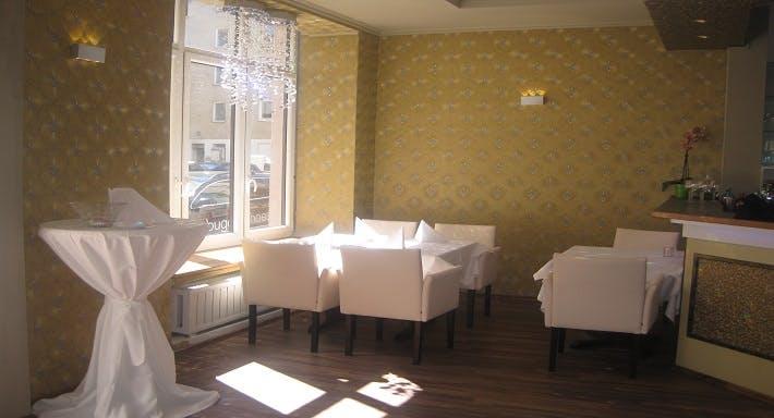 My Tam Restaurant Munich image 1