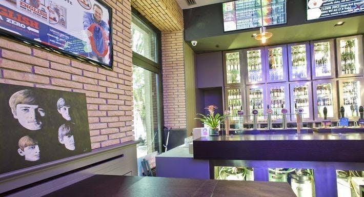 Sloan Square Milan image 1