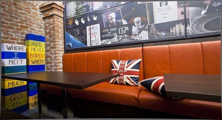 Sloan Square Milan image 3
