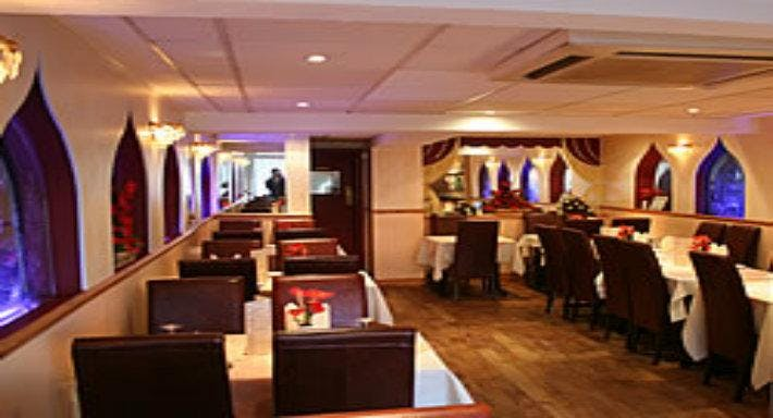 The Curry Place Swindon image 2