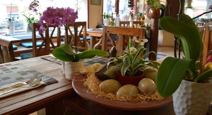 Ploy-Thai Restaurant