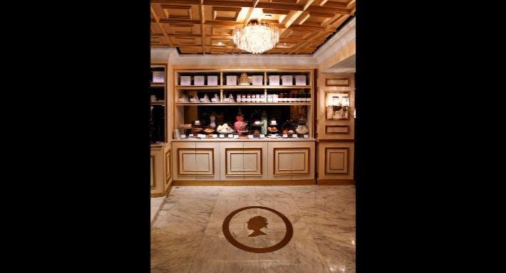 Antoinette - Mandarin Gallery Singapore image 3