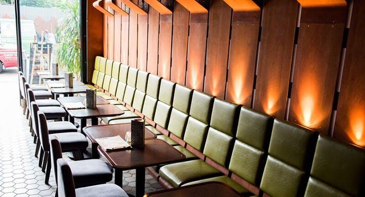 M1 Bar & Restaurant Hong Kong image 4
