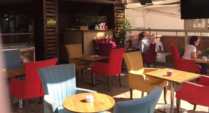 Jübile Cafe İstanbul image 3