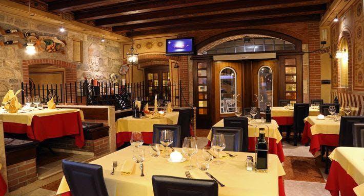 Ristorante Pizzeria La Porta Garda image 7