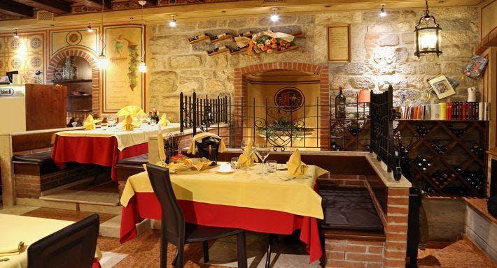 Ristorante Pizzeria La Porta Garda image 3