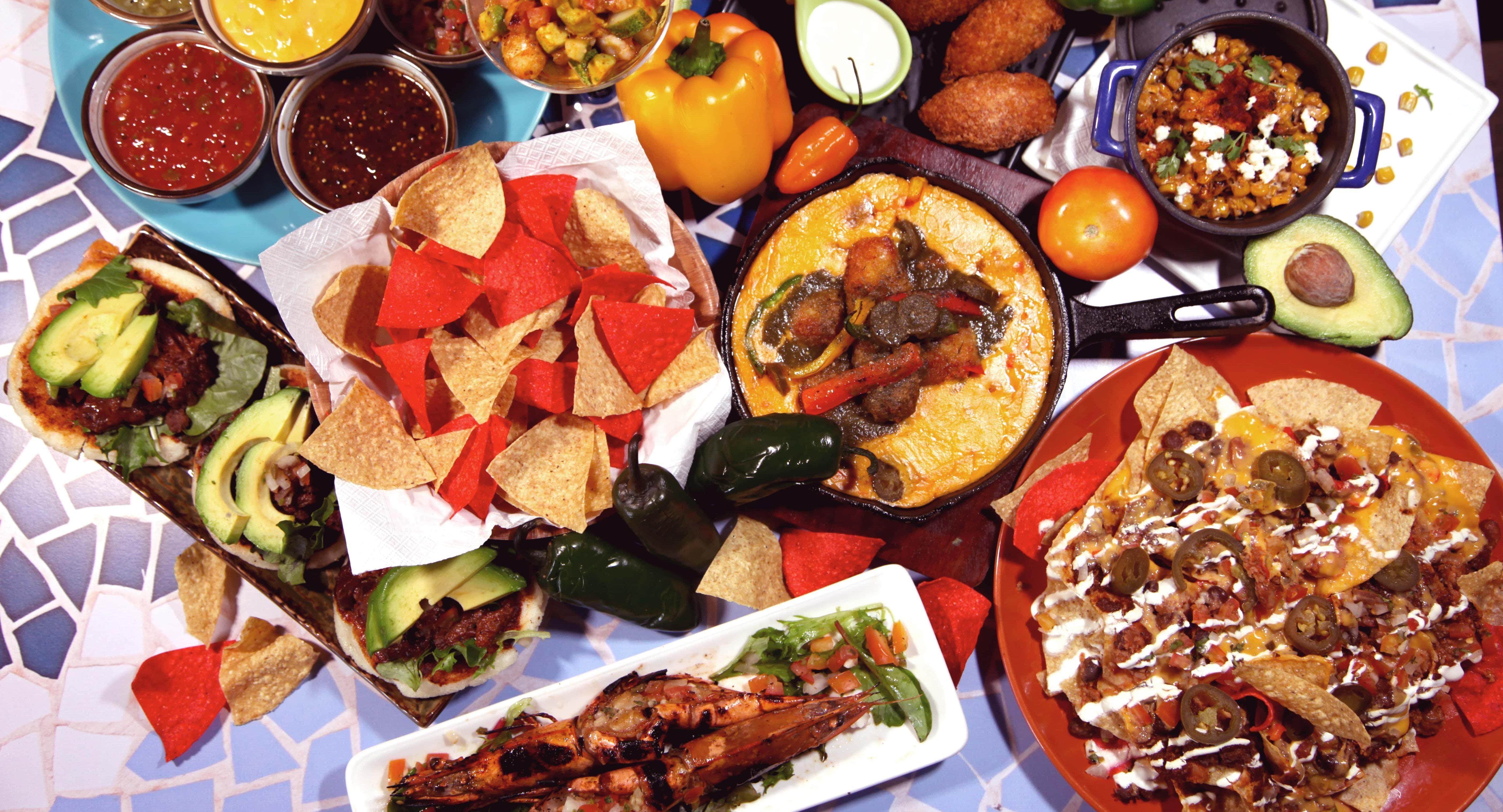 La Salsa Kitchen and Bar