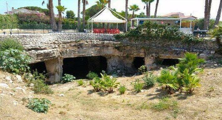 Le Grotte Di Ognina Trattoria Pizzeria