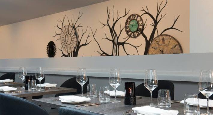The Savannah Bar & Restaurant London image 2