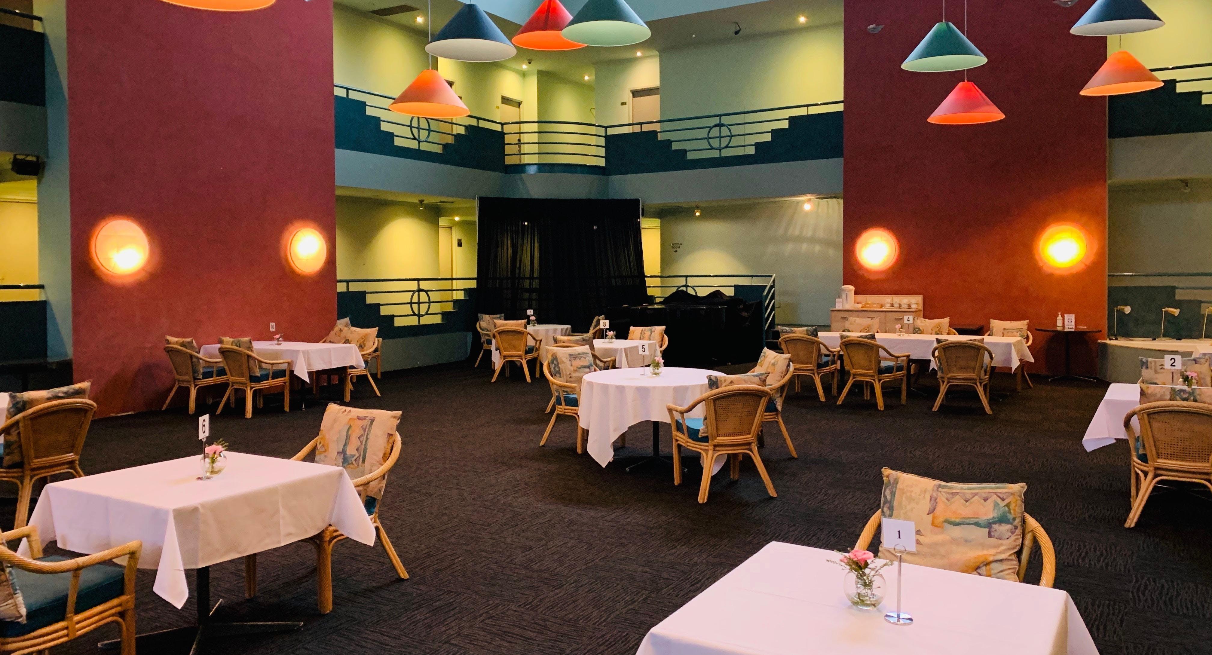 Natalie's Restaurant & Bar