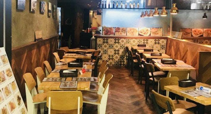 MEDZS Bistro & Bar Singapore image 1