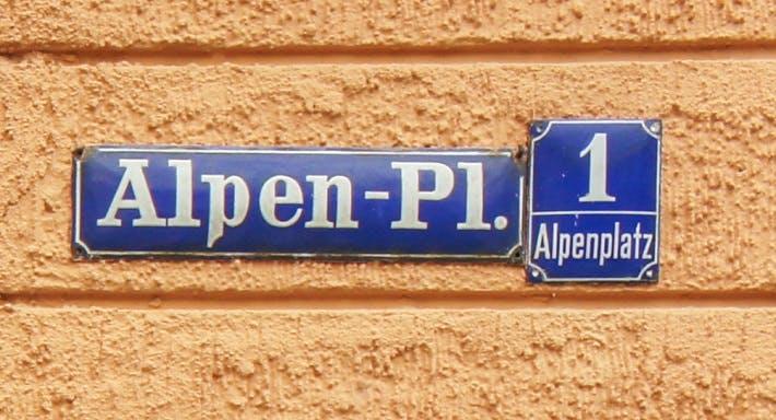 Osteria Alpenhof München image 7