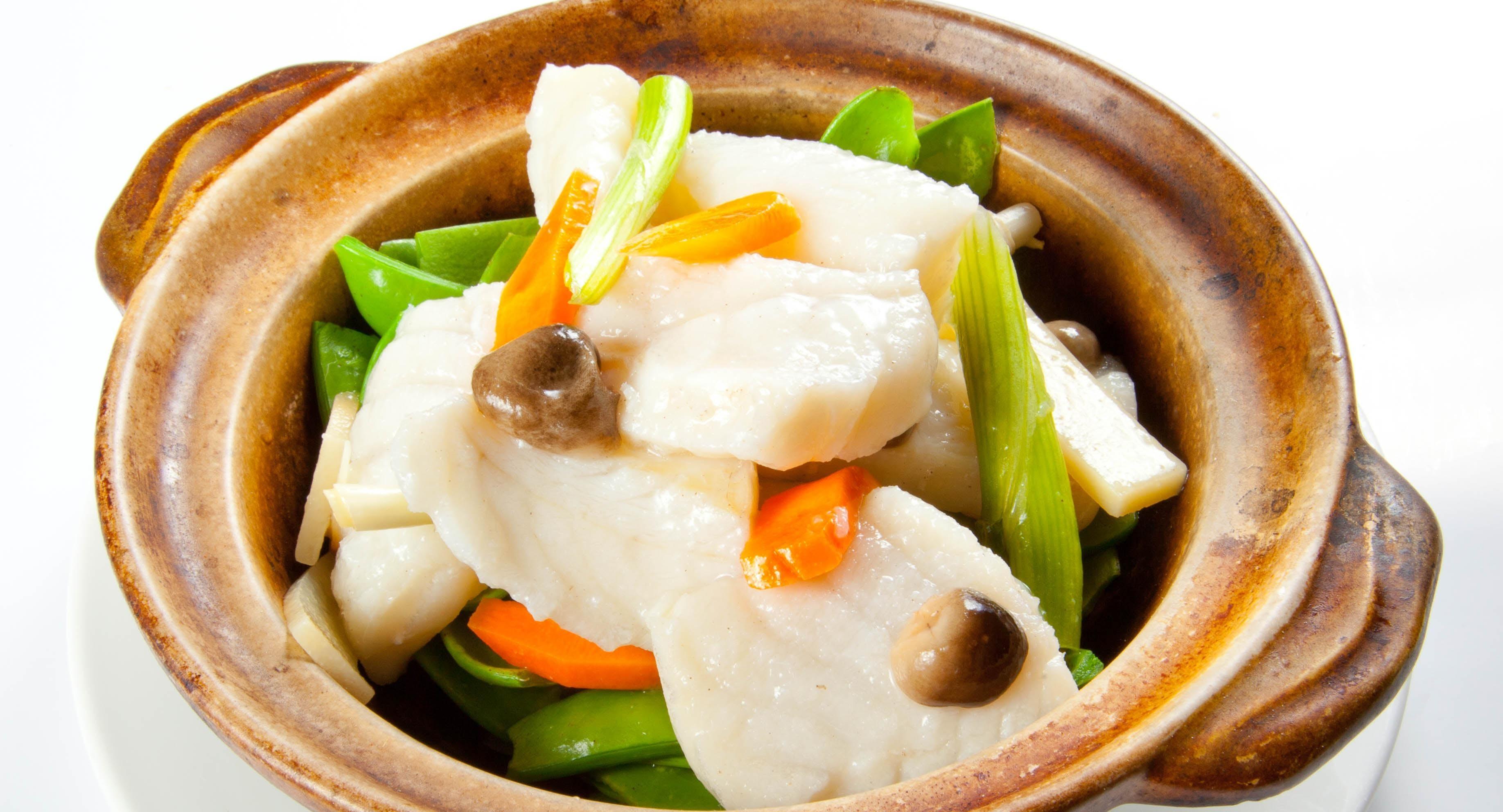 Unique Asian Cuisine & Bar