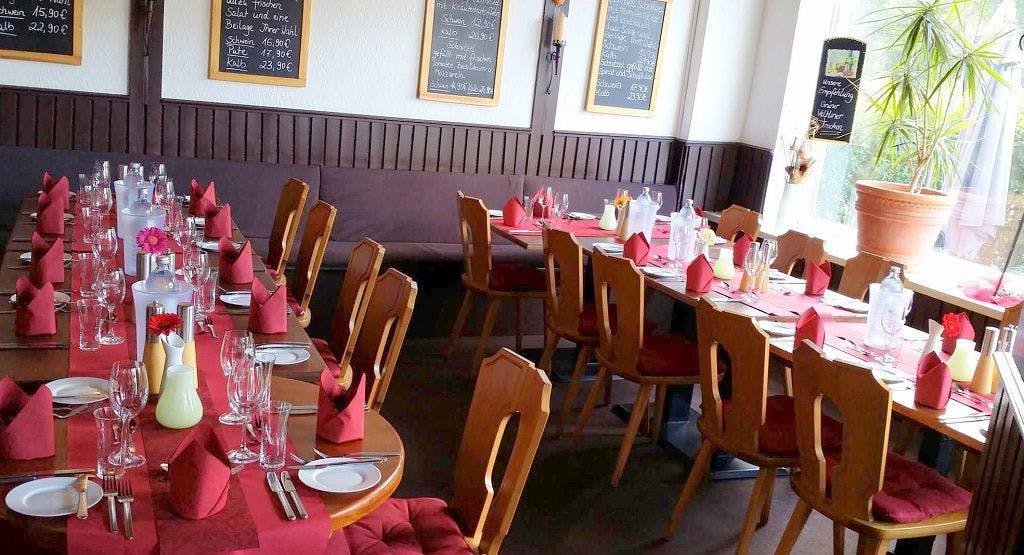 Restaurant Schnitzelhus Hambourg image 1