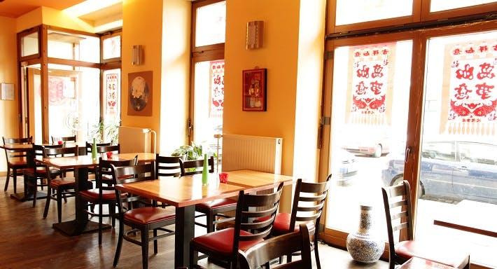 Mayflower China Restaurant