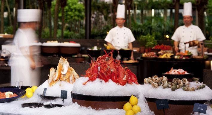 Grand Hyatt - The Grill 露天池畔餐廳 Hong Kong image 3