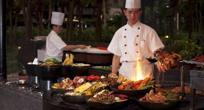 Grand Hyatt - The Grill 露天池畔餐廳 Hong Kong image 4