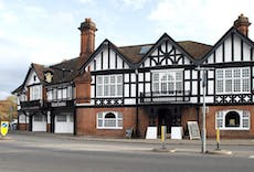 Restaurant The Feathers in Merstham, Redhill