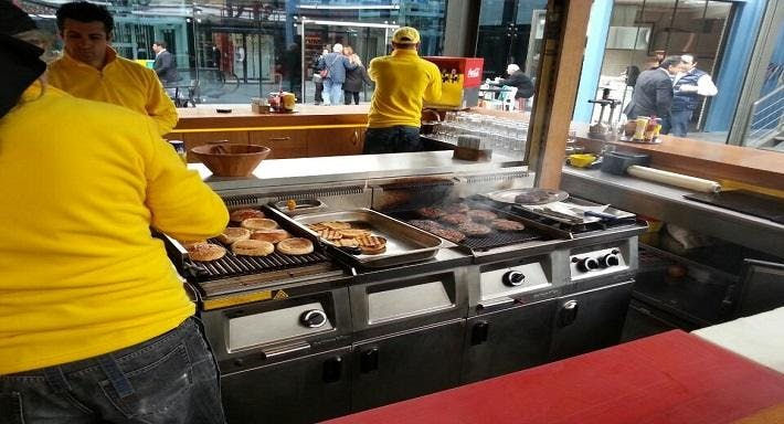 1 A Burger İstanbul image 2