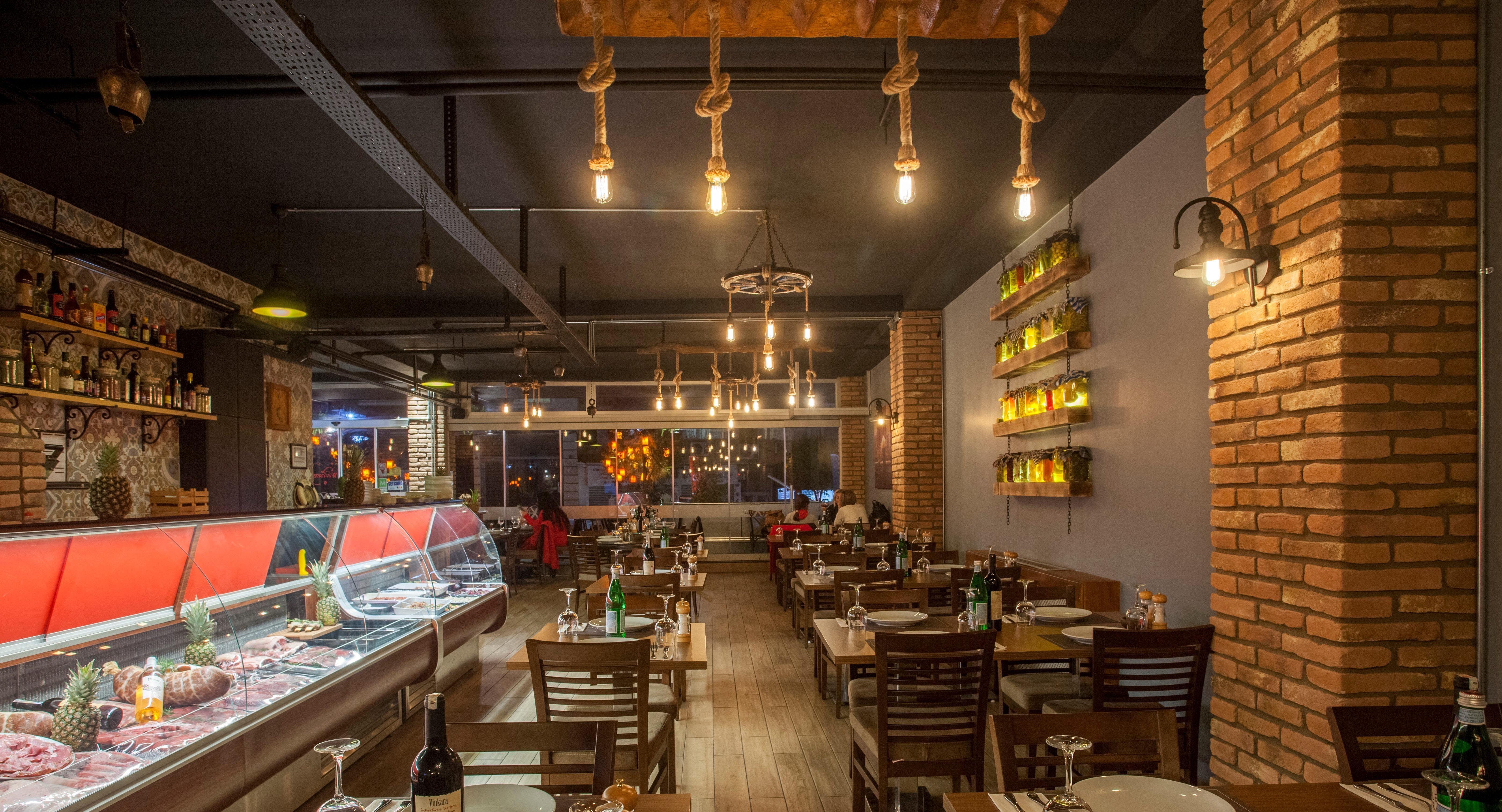 Et-X Steakhouse