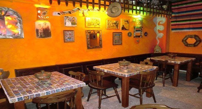 El Pueblo Roma image 2